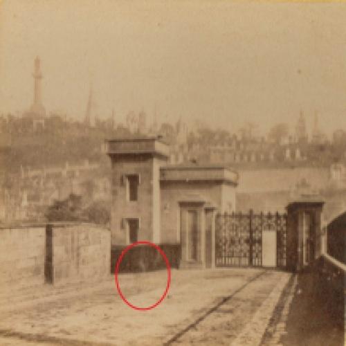 Glasgow Necropolis1a